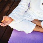Los mudras en meditación: una manera de canalizar la energía vital a través de tus manos